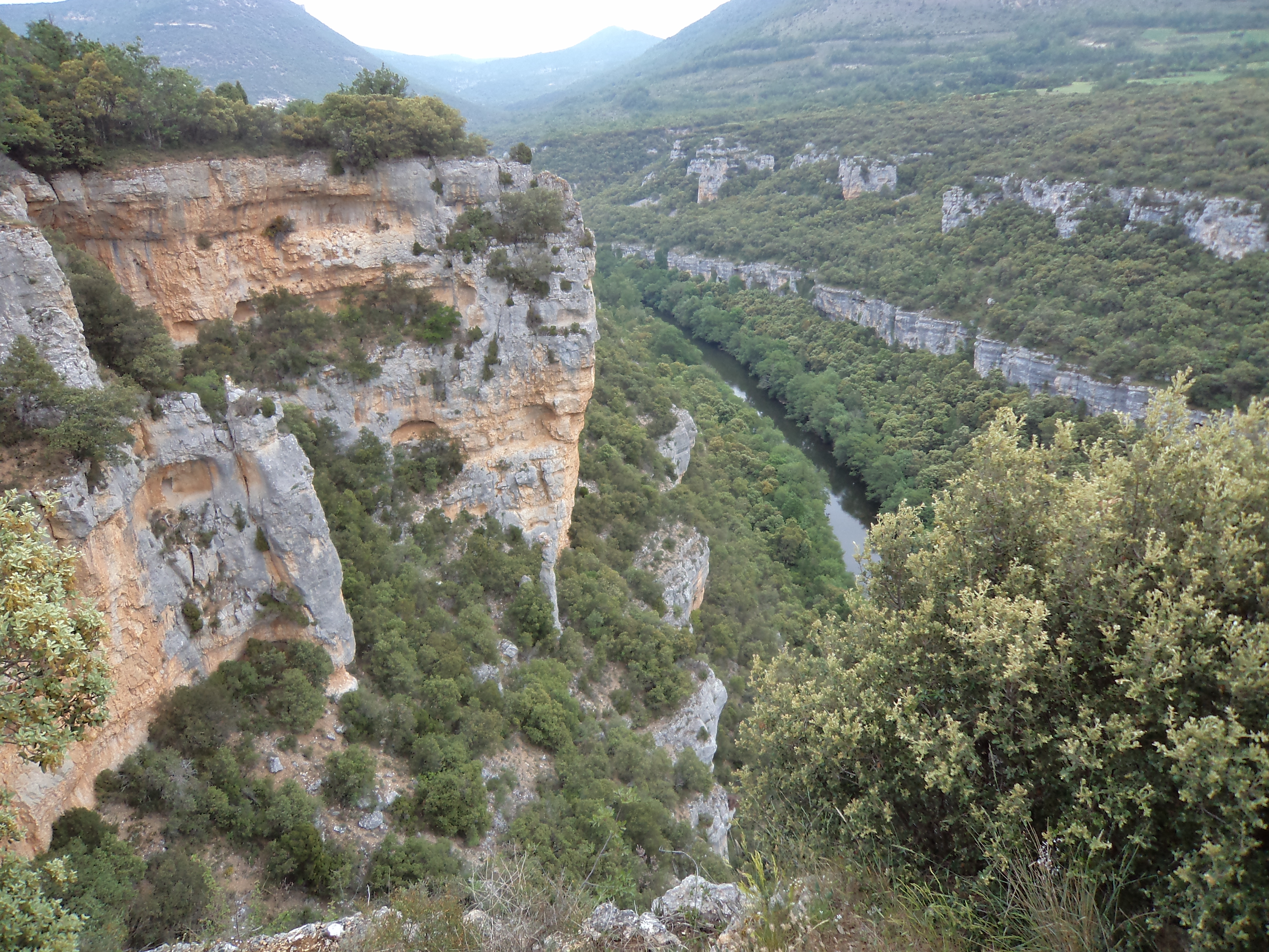 Ebro canyons
