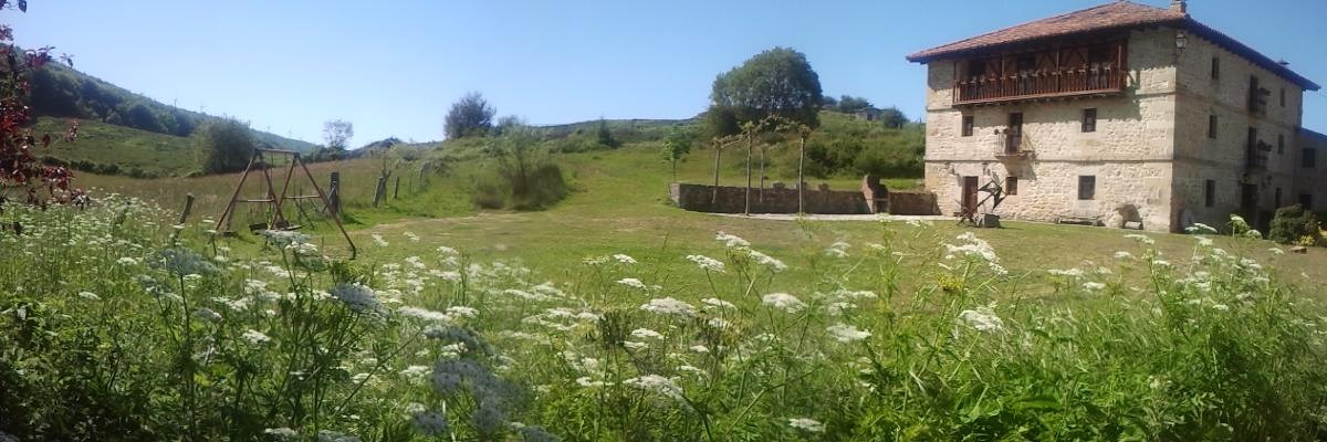Casa rural La Toba I y II - jardín